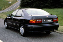 Honda Accord, 5. Generation