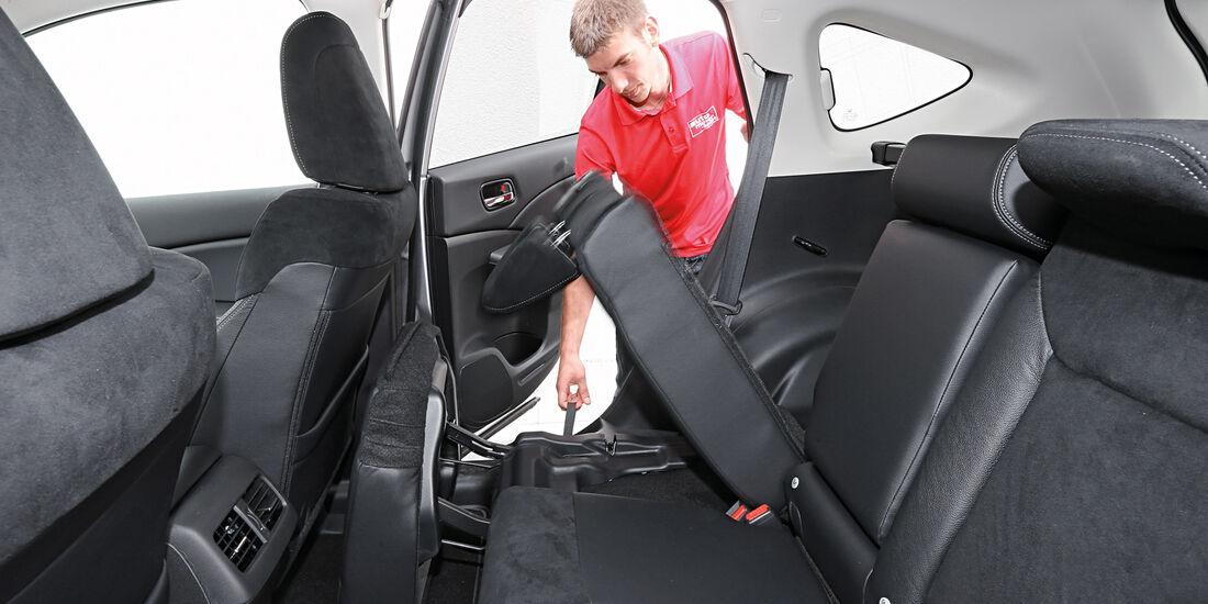 Honda CR-V 2.2 D 4WD Lifestyle, Rücksitz, Umklappen