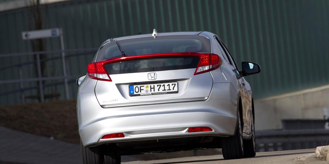 Honda Civic 2.2 i-DTEC, Heck