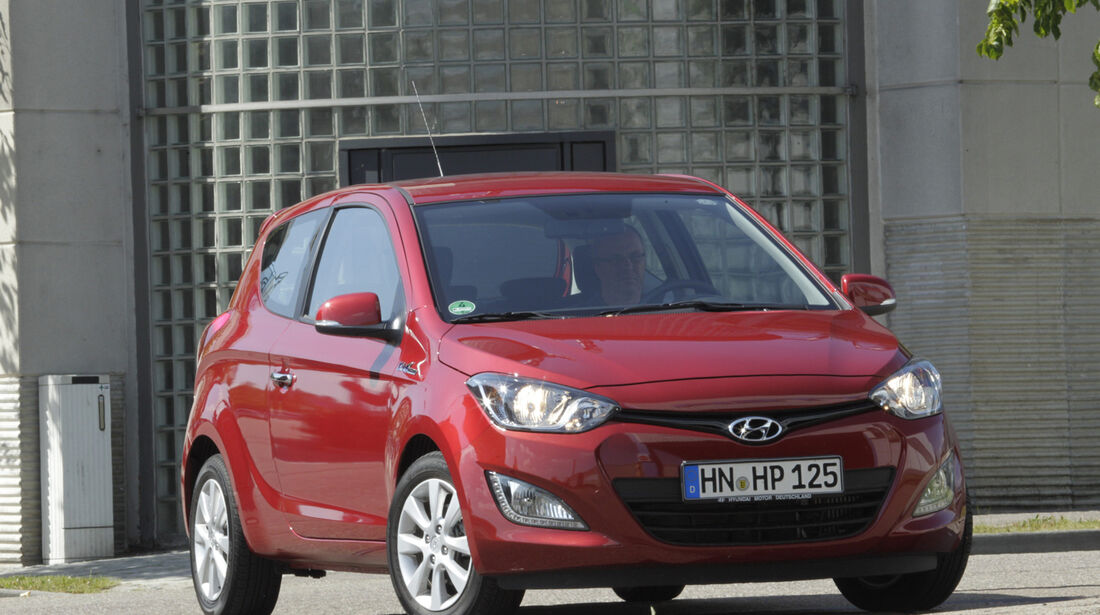 Hyundai i20 Blue 1.1 CRDi Trend, Frontansicht