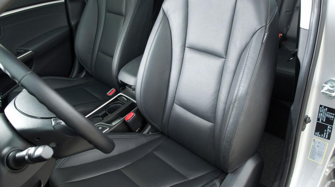 Hyundai i30 1.6, Fahrersitz