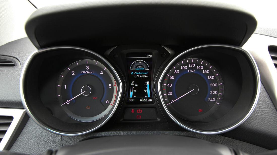 Hyundai i30 1.6, Hyundai 1.6 CRDi, Rundinstrumente, Tacho