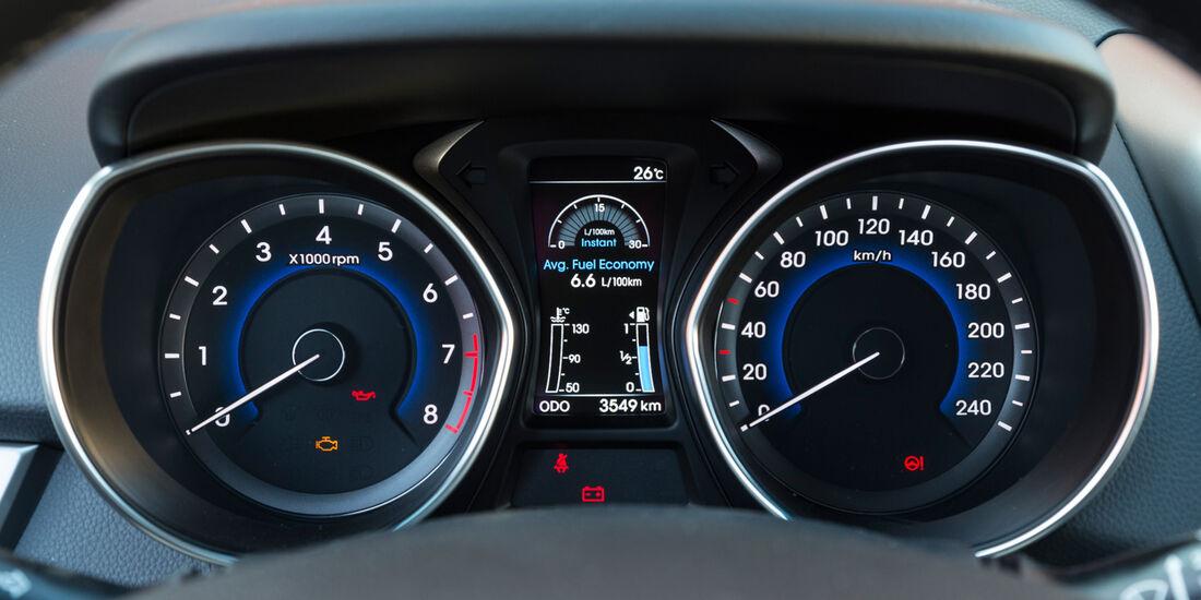 Hyundai i30 1.6, Rundinstrumente