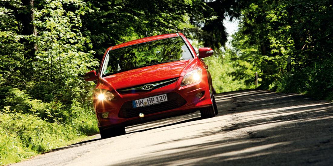 Hyundai i30 1.6i, Frontansicht, Licht