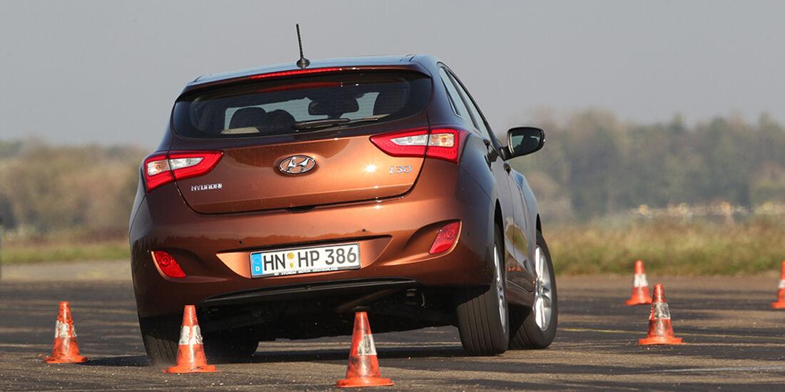 Hyundai i30, Ausweichen
