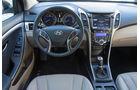 Hyundai i30 cw 1.6 CRDi, Cockpit, Lenkrad