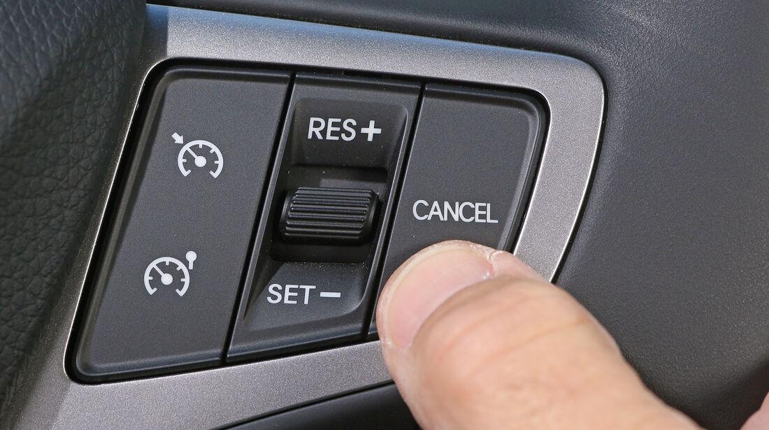 Hyundai i40, Tempomat