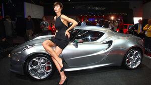 IAA 2011 Girl Alfa Romeo
