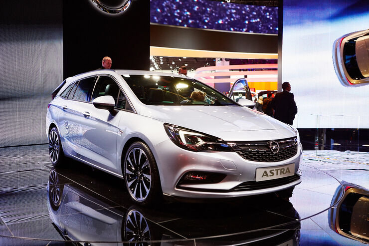 opel astra sports tourer auf der iaa 2015 auto motor. Black Bedroom Furniture Sets. Home Design Ideas