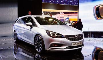 IAA 2015, Opel Astra Sports Tourer