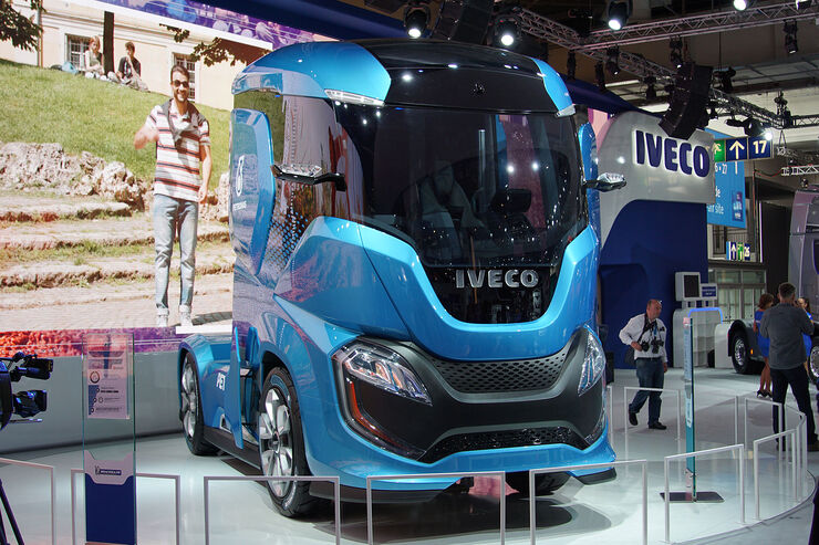 iveco z truck co2 neutral mit biogas auto motor und sport. Black Bedroom Furniture Sets. Home Design Ideas