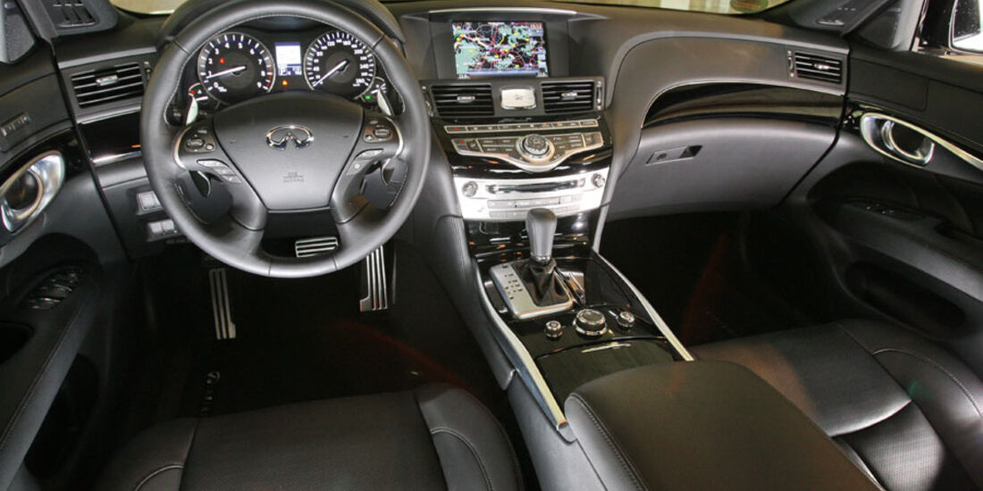 Infiniti M37 S, Innenraum, Cockpit