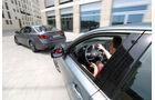 Infiniti Q50 S 3.5 V6 Hybrid, Lexus GS 450h F-Sport, Seitenführung