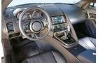 Jaguar F-Type S Coupé, Cockpit