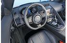 Jaguar F-Type V6 S, Cockpit, Lenkrad