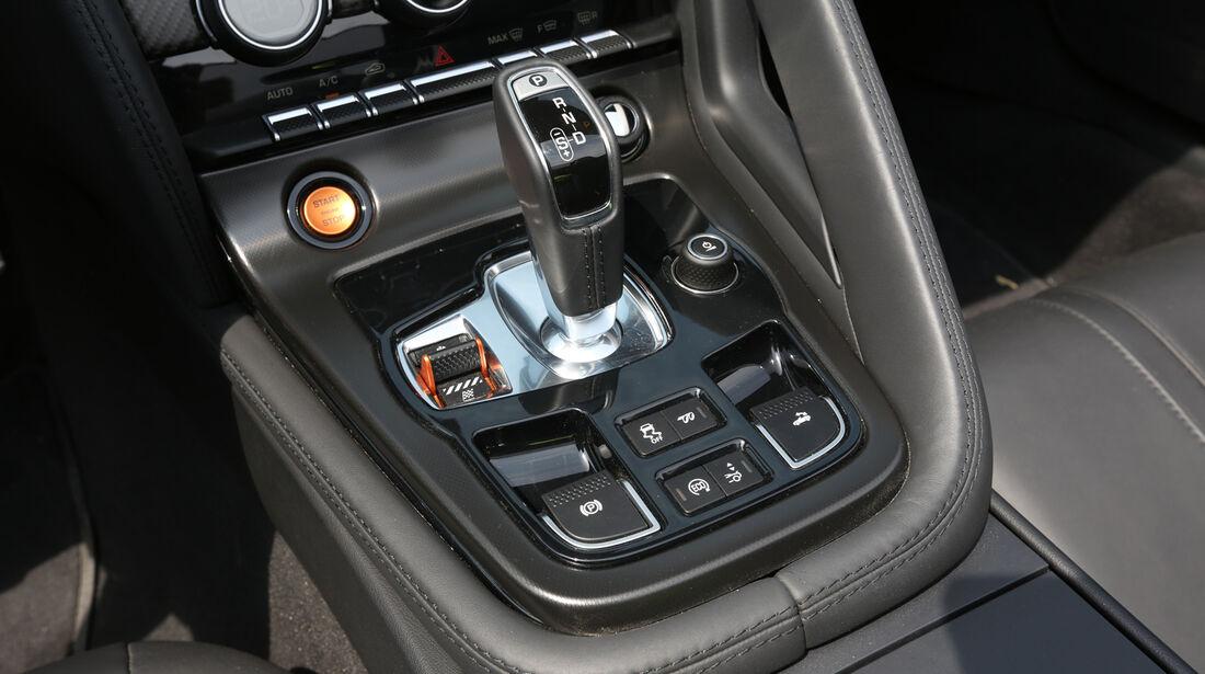 Jaguar F-Type V6 S, Mittelkosnole