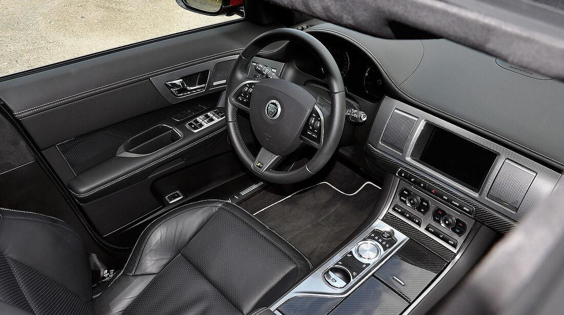 Jaguar XFR, Innenraum, Cockpit