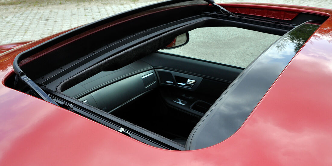 Jaguar XFR, Schiebedach