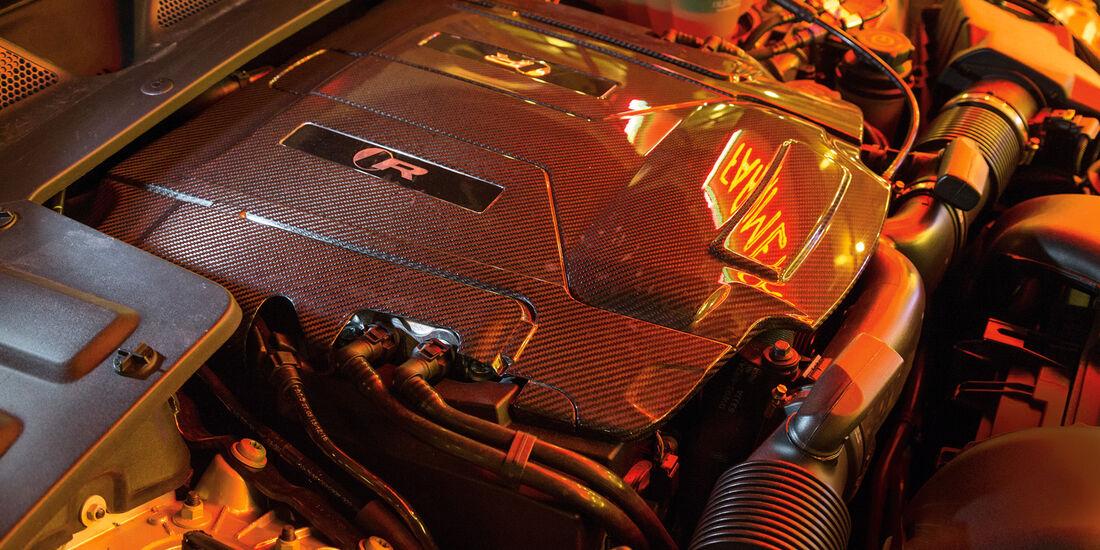 Jaguar XJR, Motor