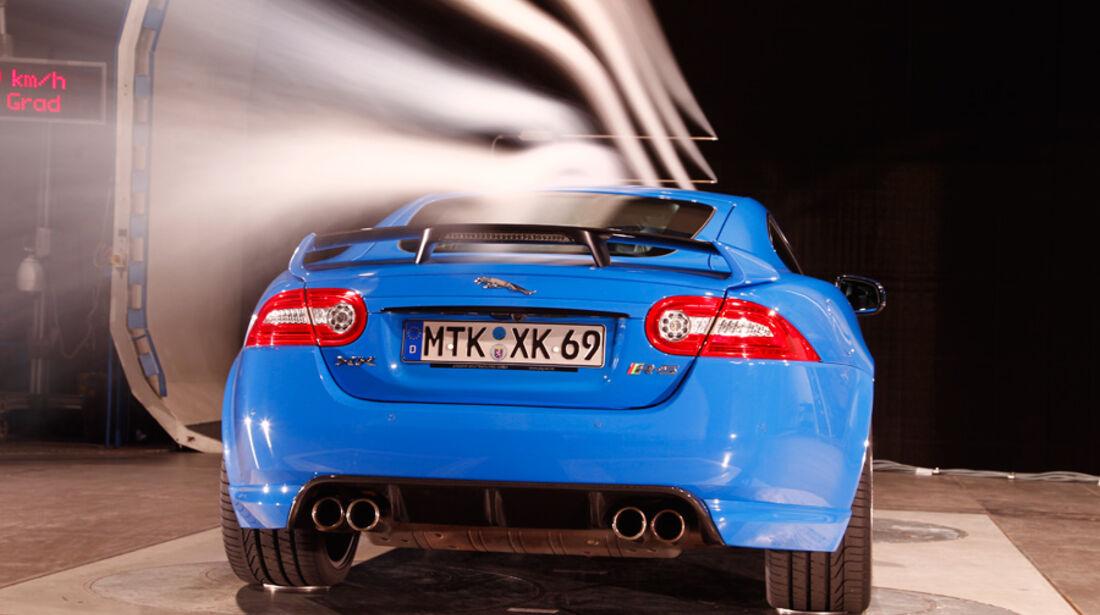 Jaguar XKR-S, Windkanal, Heck