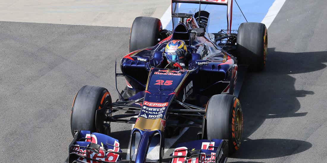 Jean-Eric Vergne - Toro Rosso - Formel 1-Test - Silverstone 2014
