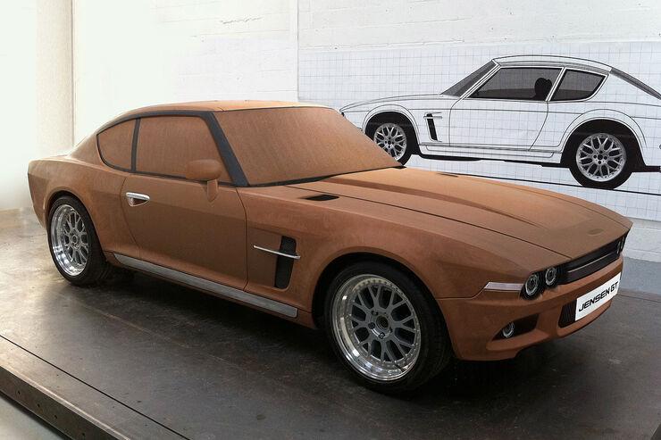 Jensen GT Clay Model Holzmodell