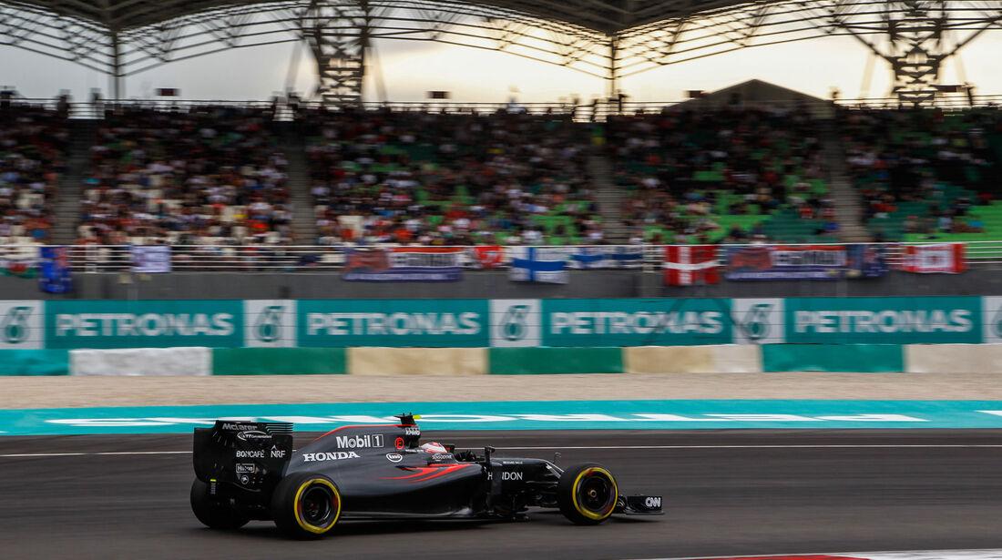 Jenson Button - McLaren - Formel 1 - GP Malaysia - Qualifying - 1. Oktober 2016