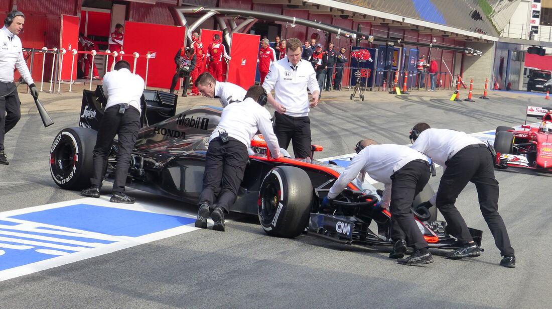 Jenson Button - McLaren - Formel 1-Test - Barcelona - 27. Februar 2015