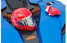 KTM X-Bow GT, Helm