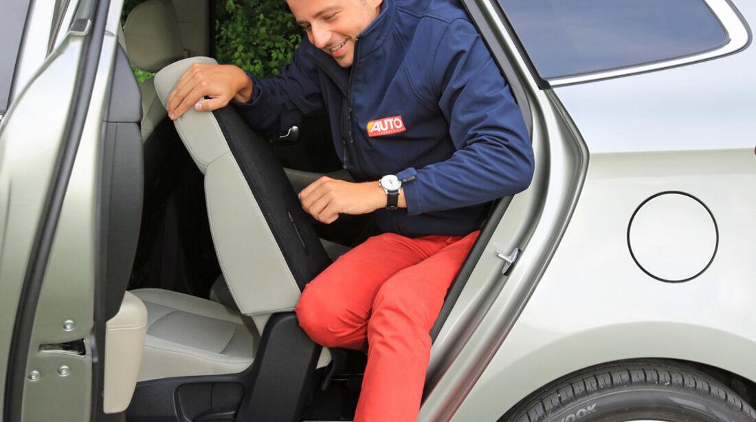 Kia Carens 1.6 GDi, Seitentür, Aussteigen