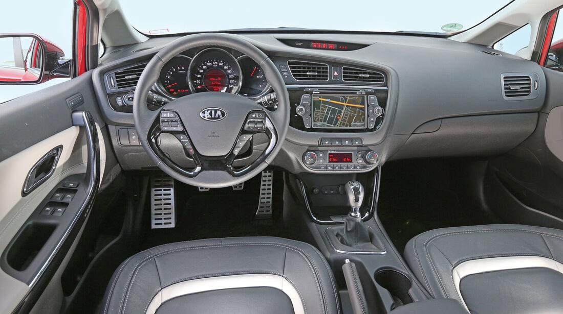 Kia Cee'd 1.6 Gdi, Cockpit