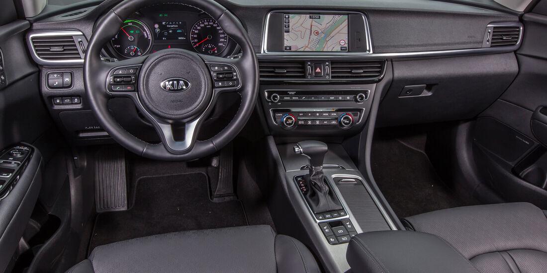 Kia Optima 2.0 GDI Plug-in, Cockpit