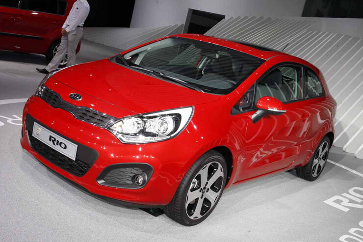 kia rio auf der iaa sportlicher als dreit rer auto. Black Bedroom Furniture Sets. Home Design Ideas