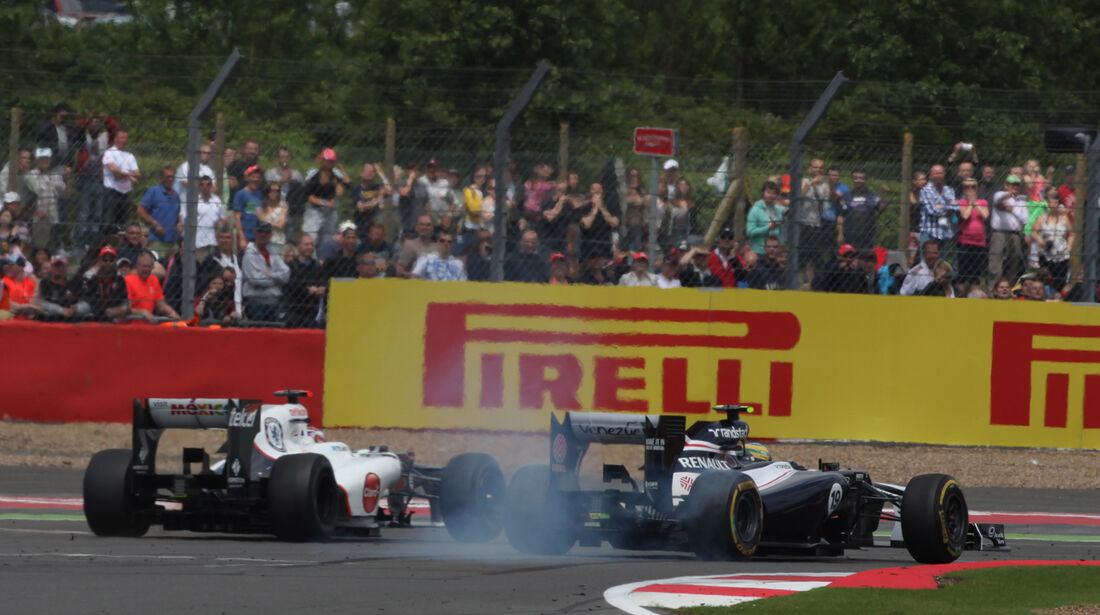 Kobayashi vs. Senna GP England Silverstone 2012