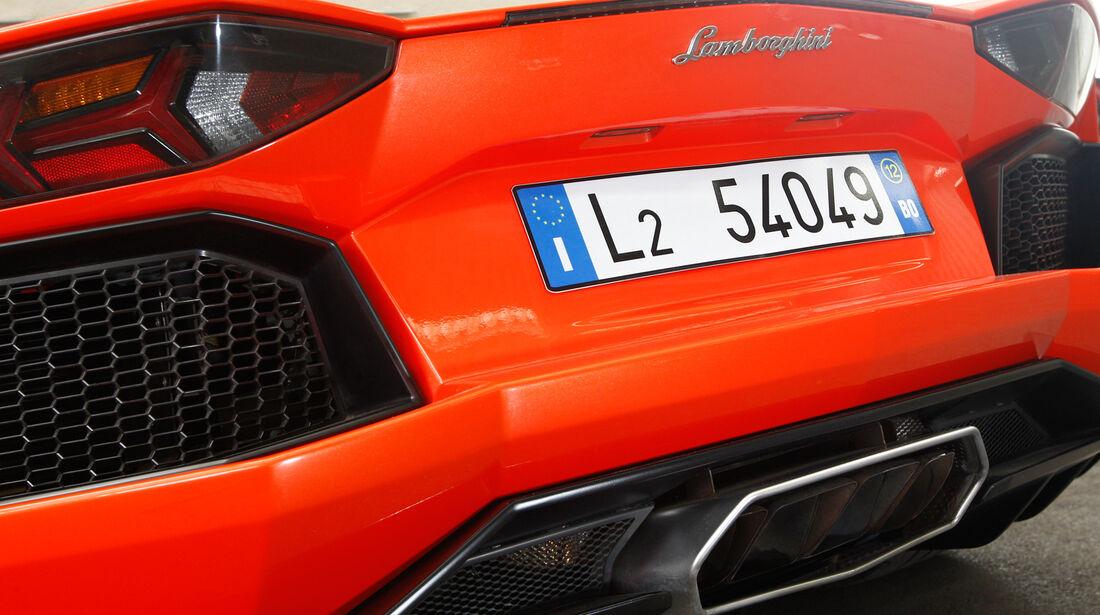 Lamborghini Aventador LP 700-4, Auspuff, Endrohr