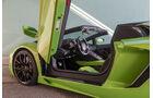 Lamborghini Aventador LP 700-4 Roadster, Scherentür
