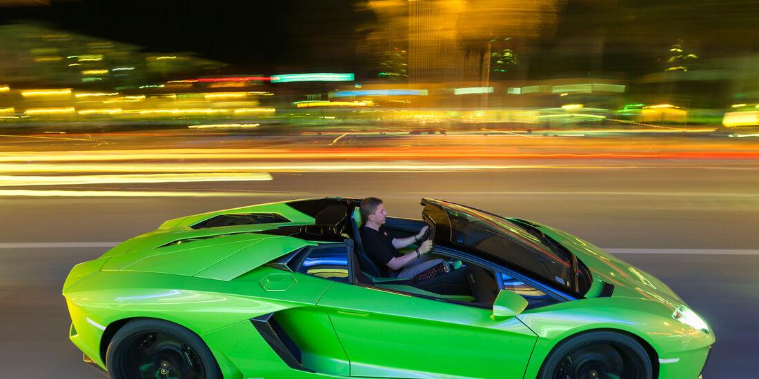 Lamborghini Aventador LP 700-4 Roadster, Seitenansicht