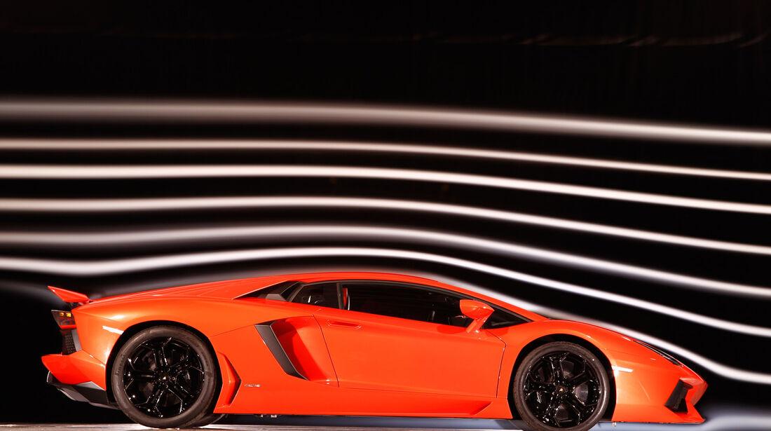 Lamborghini Aventador LP 700-4, Seite, Windkanal