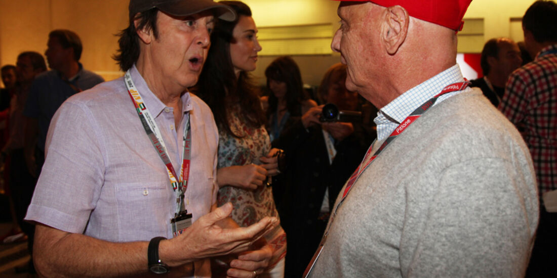 Lauda und McCartney - GP Abu Dhabi - Qualifying - 12.11.2011
