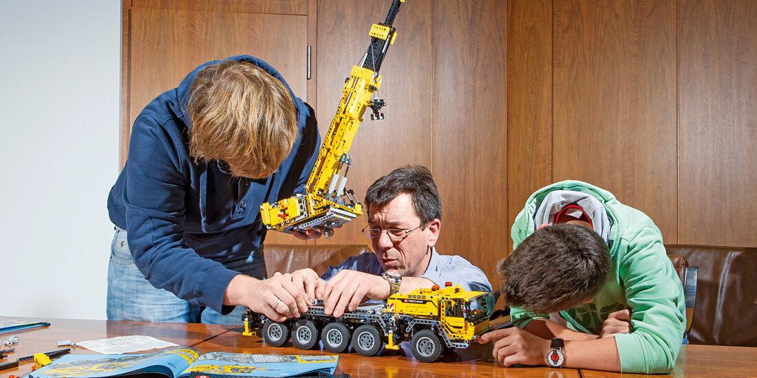 Lego-Technik, Kranaufbau, Chassis, Verbindung
