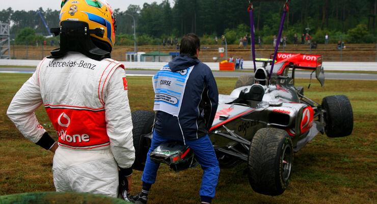 Lewis Hamilton Crash