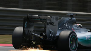 Lewis Hamilton - Mercedes - Formel 1 - GP China - Shanghai - 11. April 2015