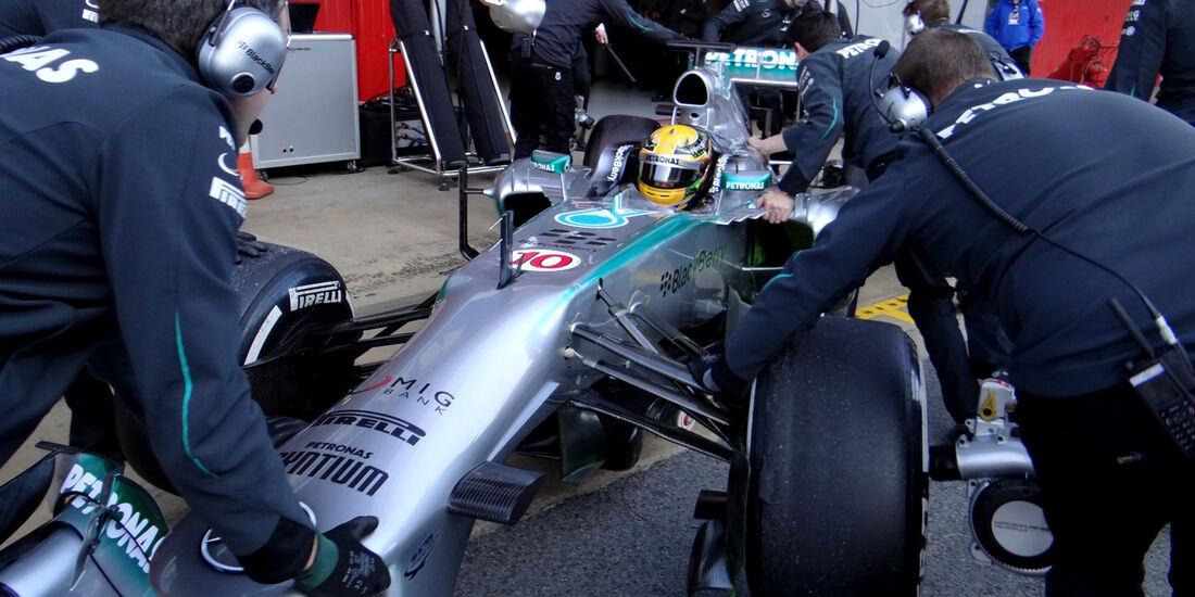Lewis Hamilton - Mercedes - Formel 1 - Test - Barcelona - 20. Februar 2013