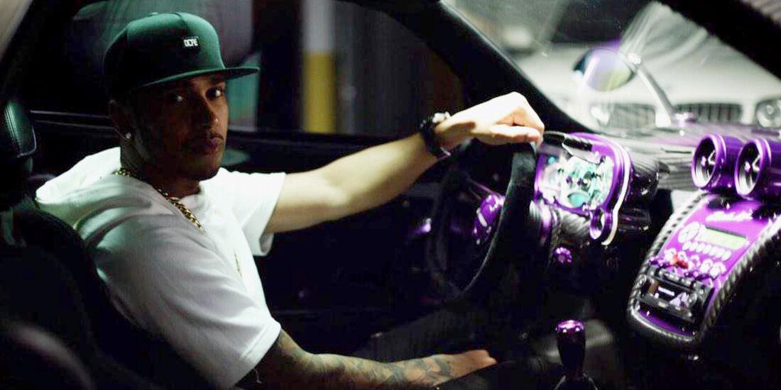 Lewis Hamilton - Mercedes - Pagani Zonda - Privatautos