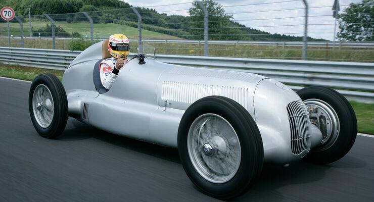 Lewis Hamilton Silberpfeil Nordschleife 2009