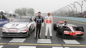 Lewis Hamilton Tony Stewart Nascar F1 2011