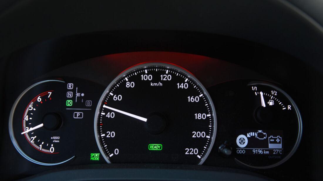 Lexus CT 200h, Tacho, Anzeigeinstrumente