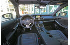 Lexus IS 300h, Cockpit, Lenkrad