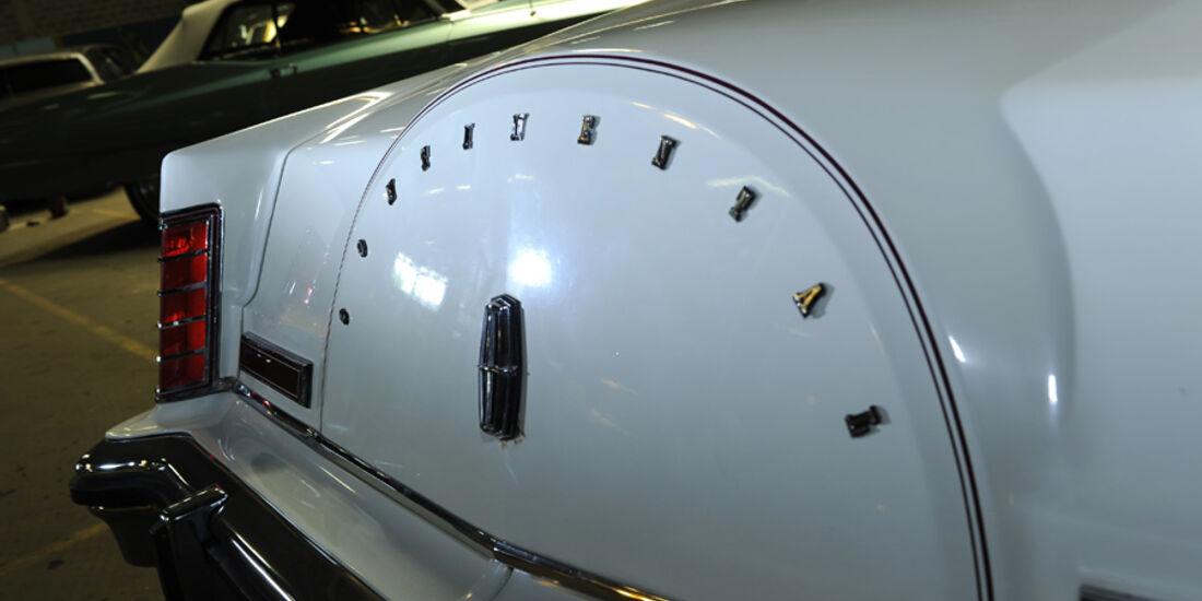 Lincoln Continental Mark V, Detail, Hecklicht