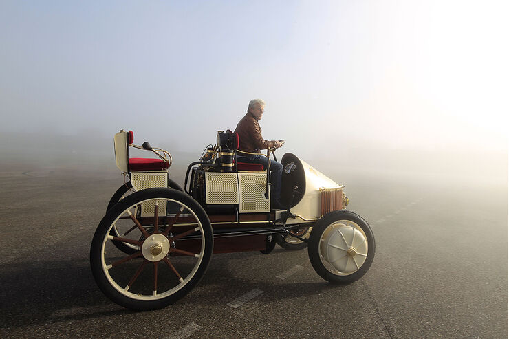 Lohner porsche erstes hybridmodell der welt auto motor for Langsamster porsche der welt